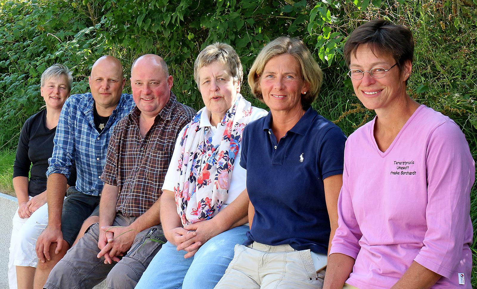 Das Team der Tierarztpraxis in Unewatt